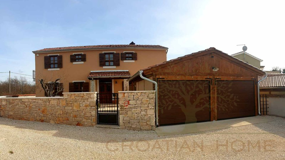 House, 400 m2, For Sale, Vodnjan