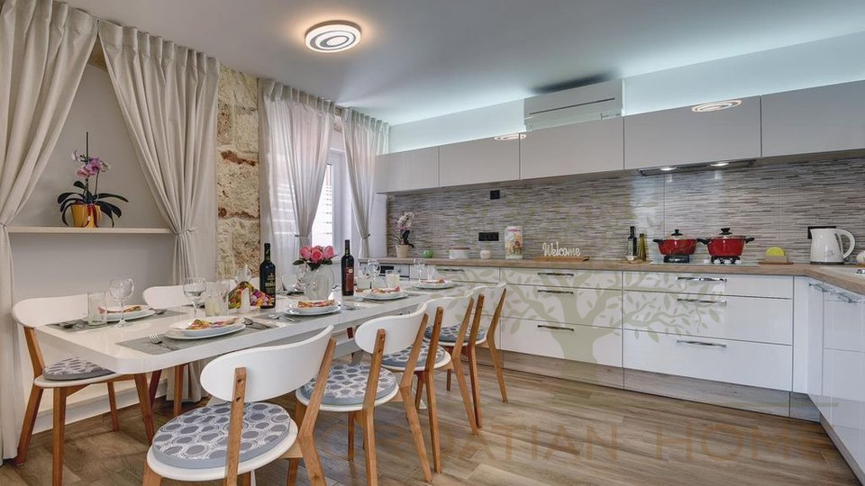 House, 188 m2, For Sale, Medulin - Vinkuran