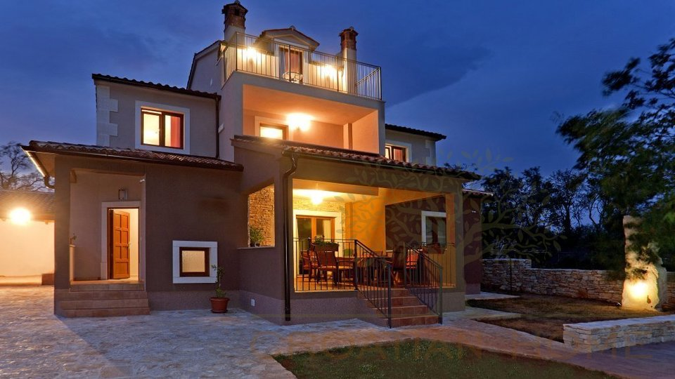 House, 220 m2, For Sale, Svetvinčenat