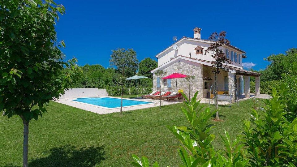 House, 160 m2, For Sale, Marčana