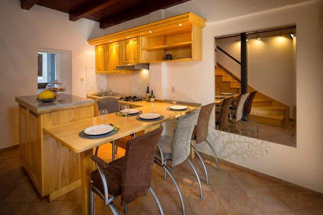 Haus, 80 m2, Verkauf, Ližnjan