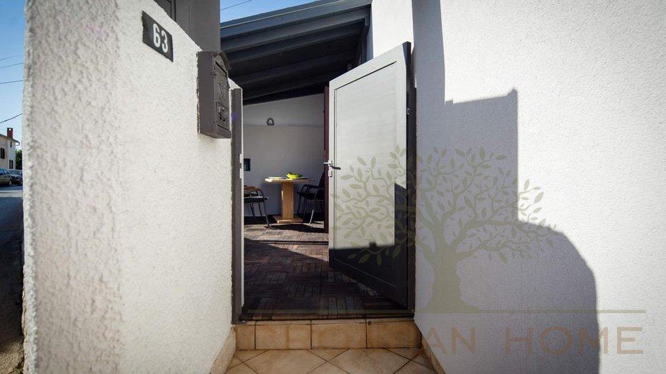 House, 80 m2, For Sale, Ližnjan