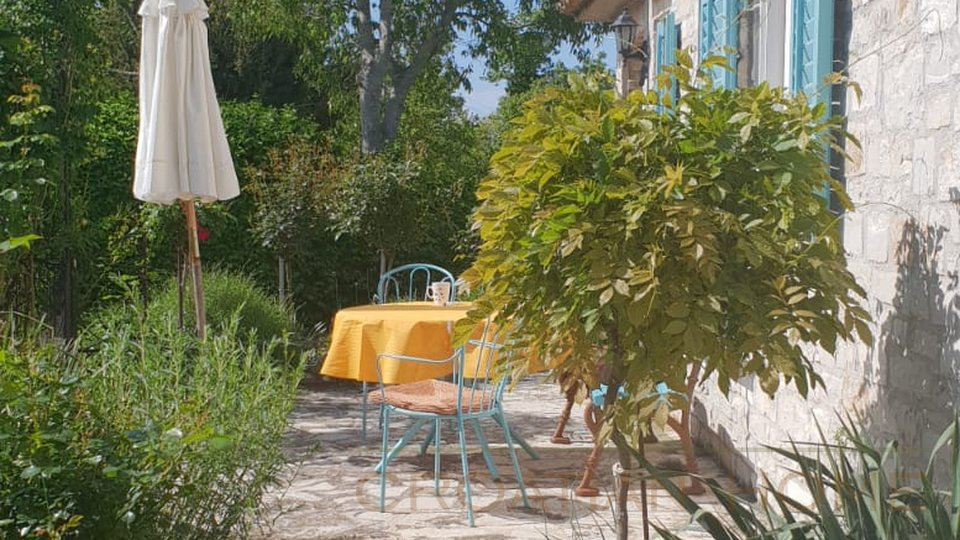 House, 100 m2, For Sale, Sveti Lovreč